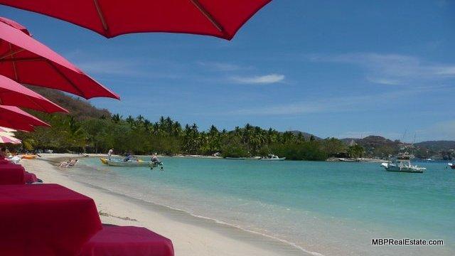 Las Gatas Beach