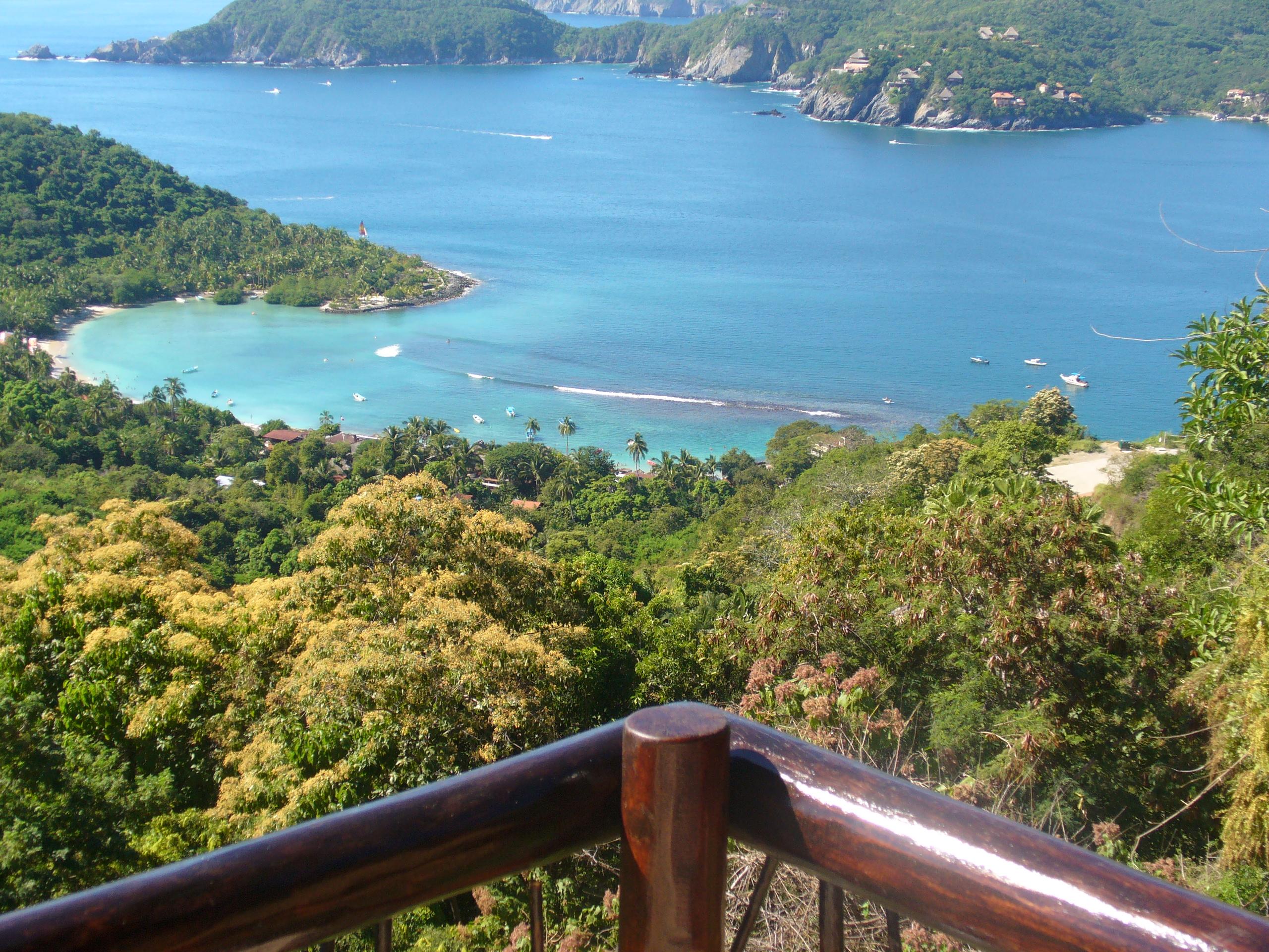 Cerro de Vigia home view of Las Gatas and Zihuatanejo Bay